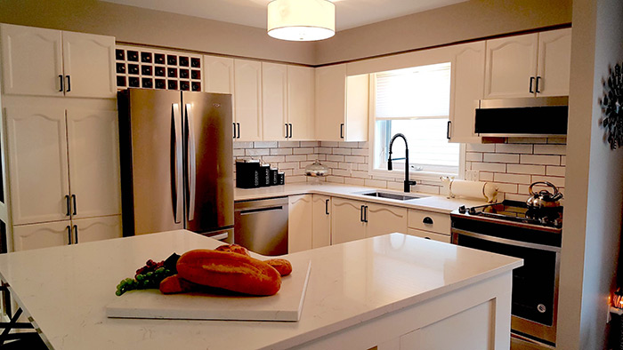 What Colour Countertops Look Best with White Cabinets?